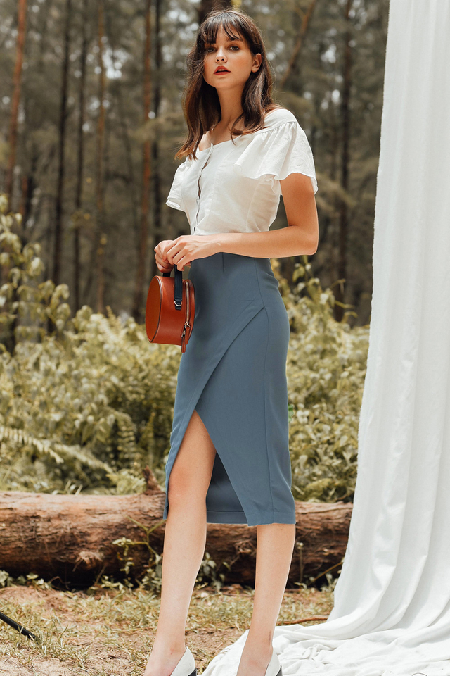 CHEYENNE SKIRT IN ASH BLUE