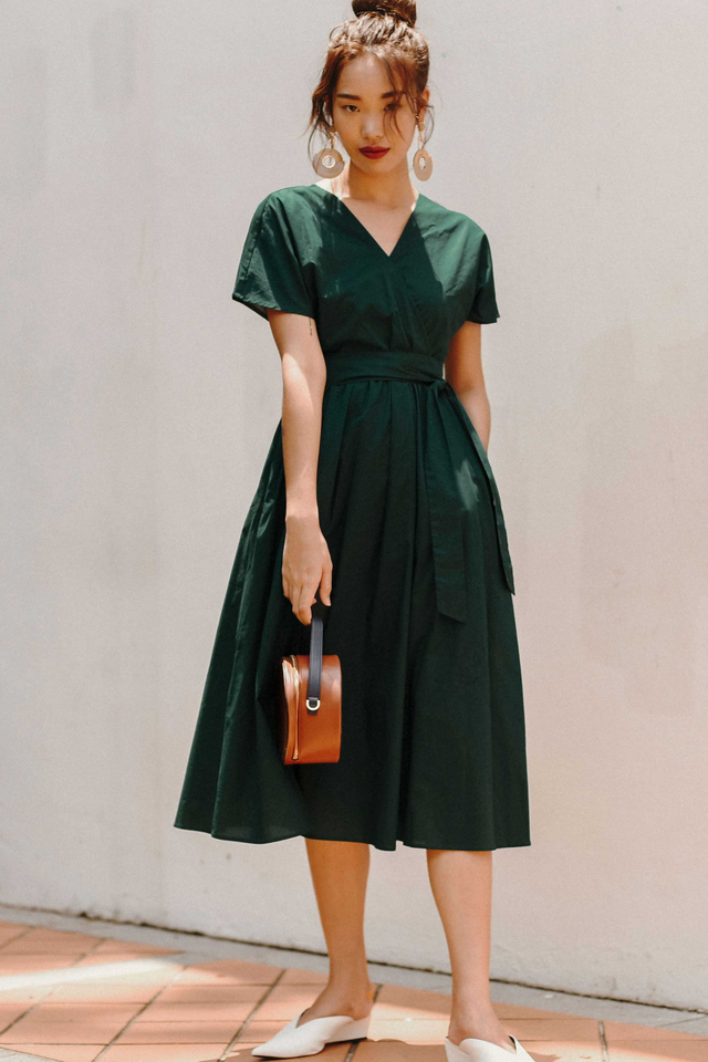 *BACKORDER 3* COLLEEN WRAP MIDI IN MOSS GREEN