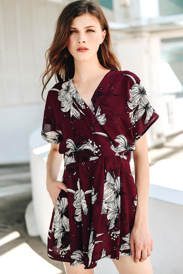 HAILEE PLAYSUIT IN WINE
