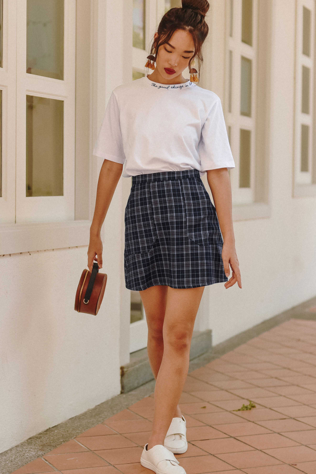 ADY POCKET SKIRT IN NAVY