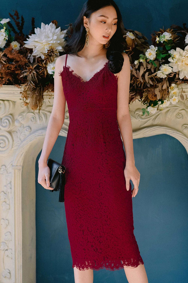 *RESTOCKED* MARQUIS LACE SHEATH MIDI IN RED