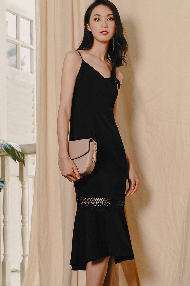 RAFAEL APPLIQUE MIDI IN BLACK
