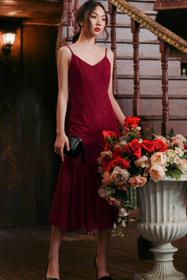 AUBREY LACE MAXI IN RED