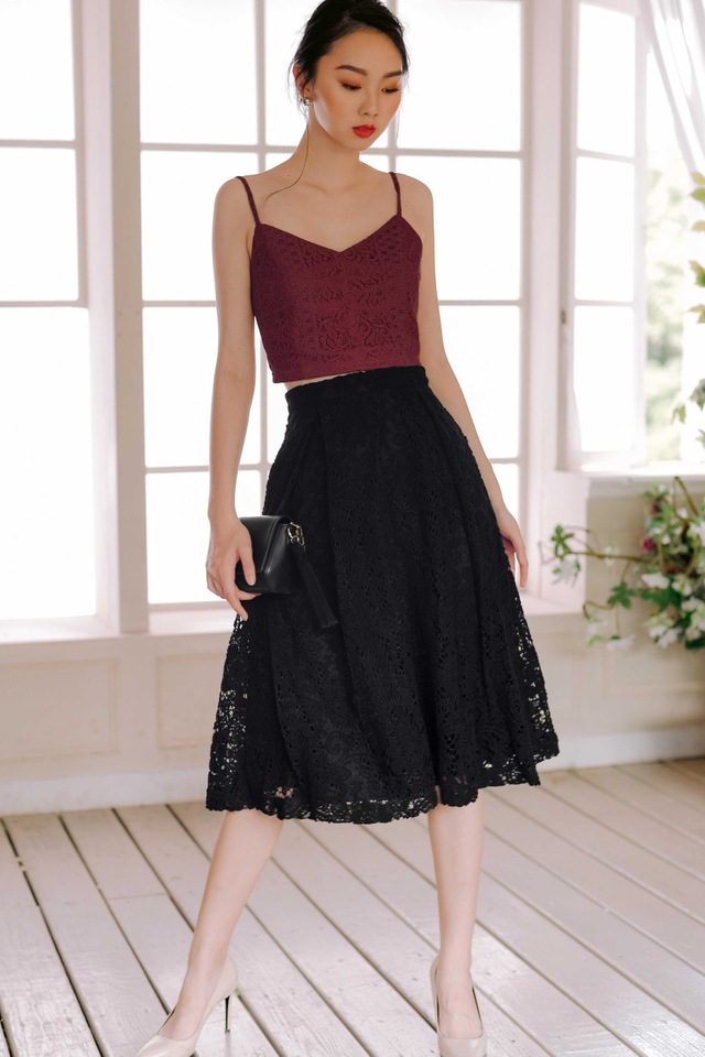 AVA PLEAT MIDI IN BLACK