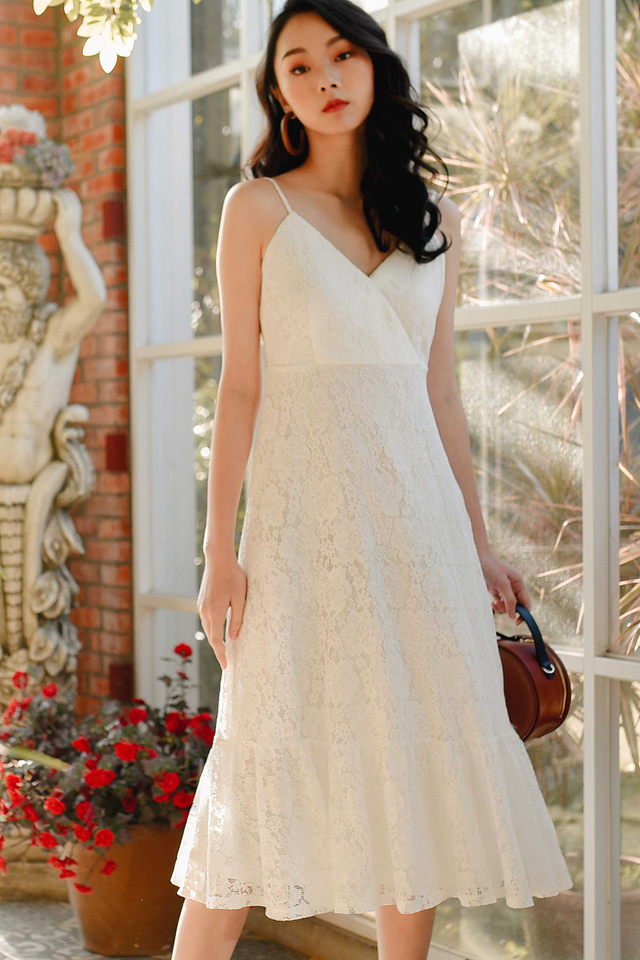 CARMEN LACE MIDI IN WHITE