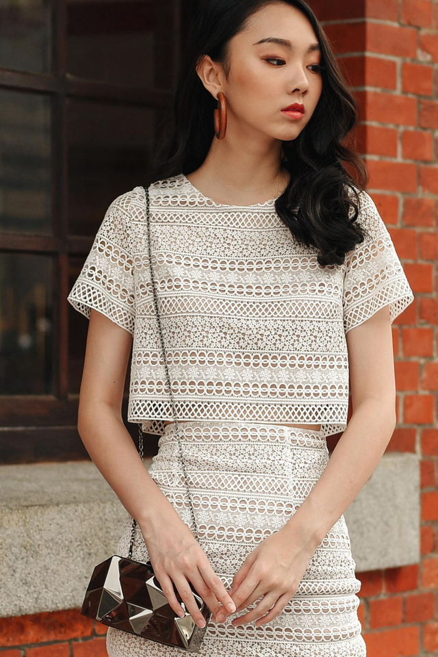 *RESTOCKED* GAIA CROCHET TOP IN WHITE