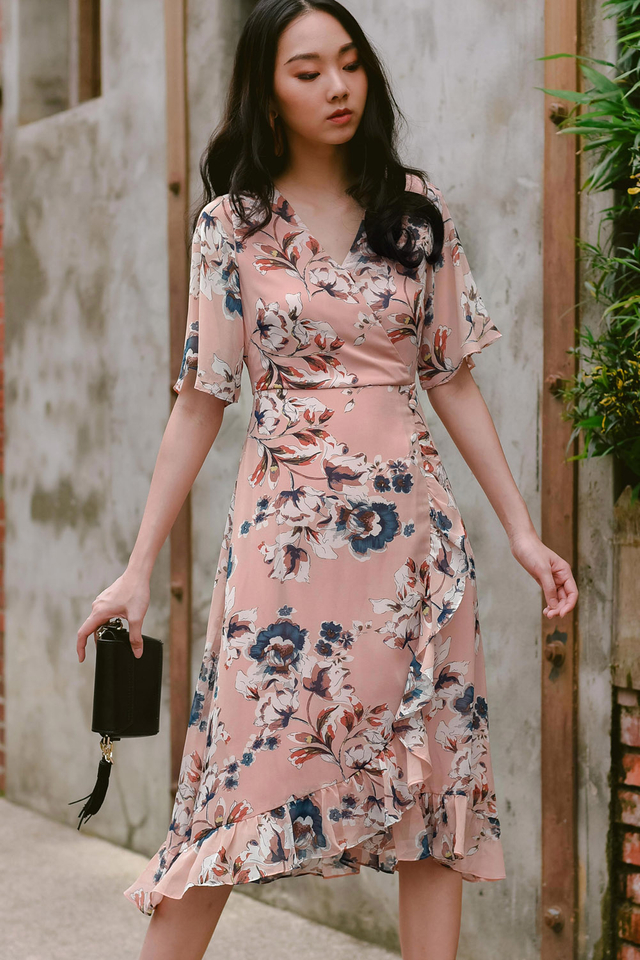 HARU WRAP MIDI IN PINK