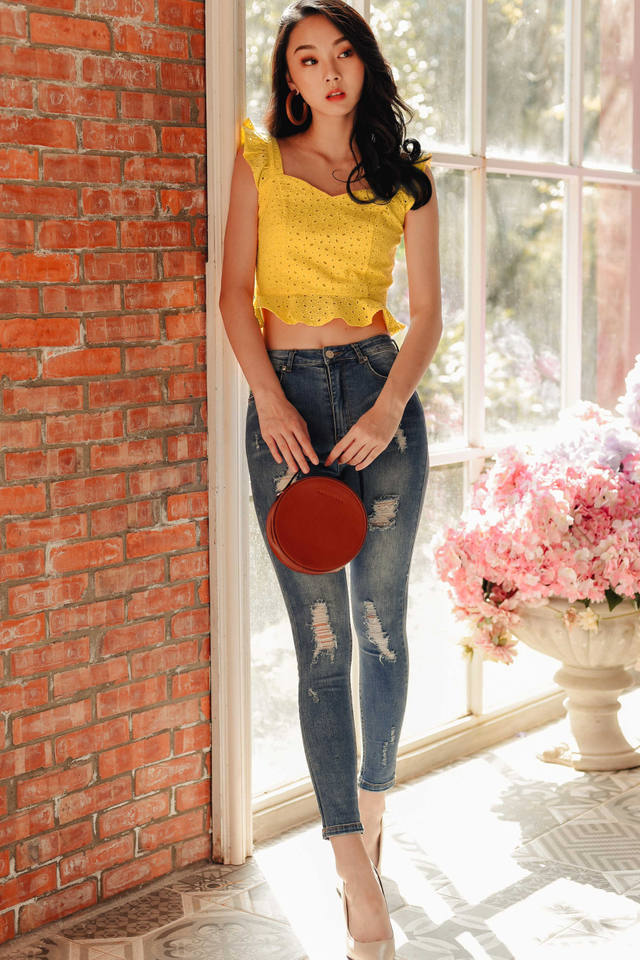 JUDY EYELET TOP IN YELLOW