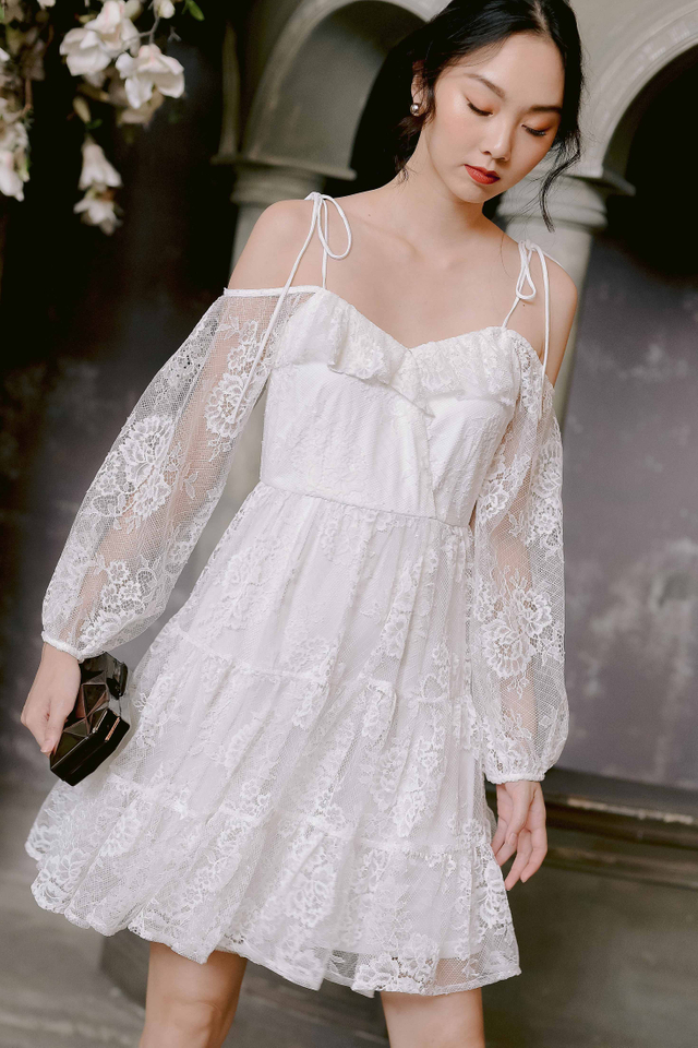 KERRY LACE DRESS IN WHITE