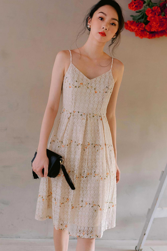 *RESTOCKED 2* MACY LACE DRESS IN CREAM