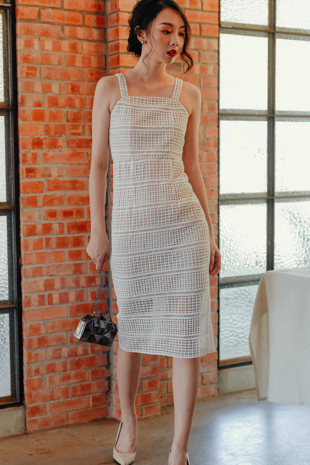 PAREE CROCHET MIDI IN WHITE