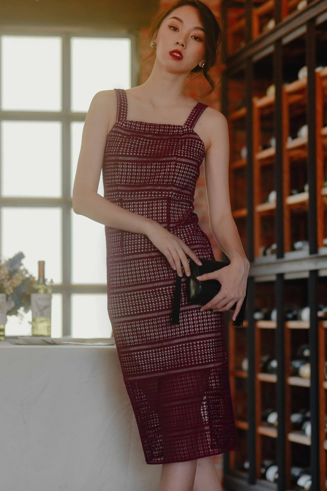 PAREE CROCHET MIDI IN WINE