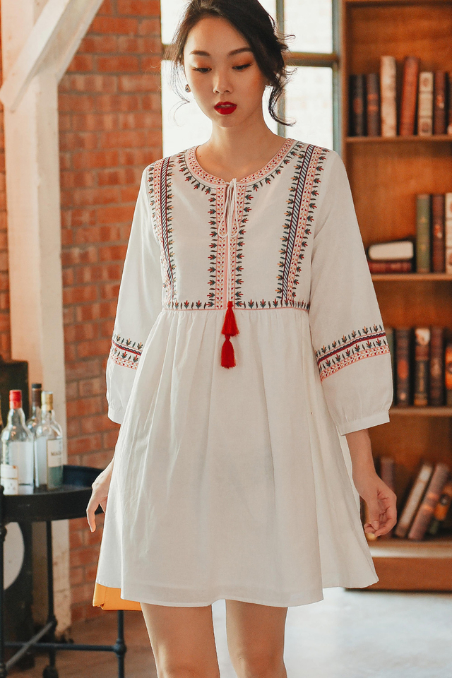 SEVILLE DRESS IN WHITE