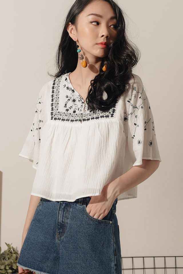 *RESTOCKED* JOLIE EMBROIDERY TOP IN WHITE
