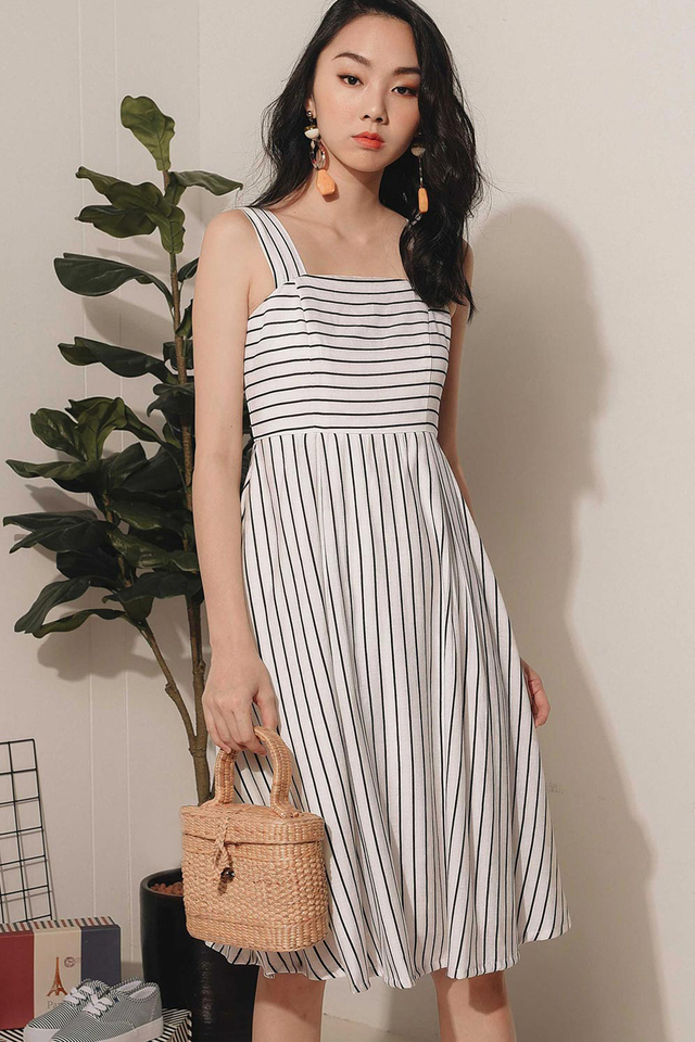 MACKENZIE STRIPED MIDI IN WHITE