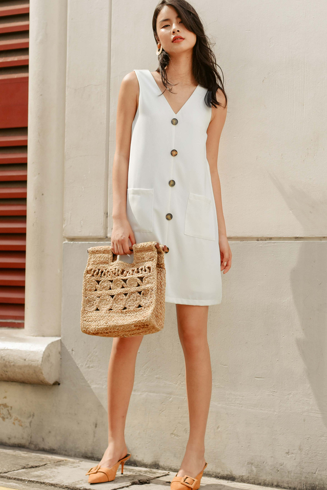 FLYNN POCKET DRESS IN WHITE