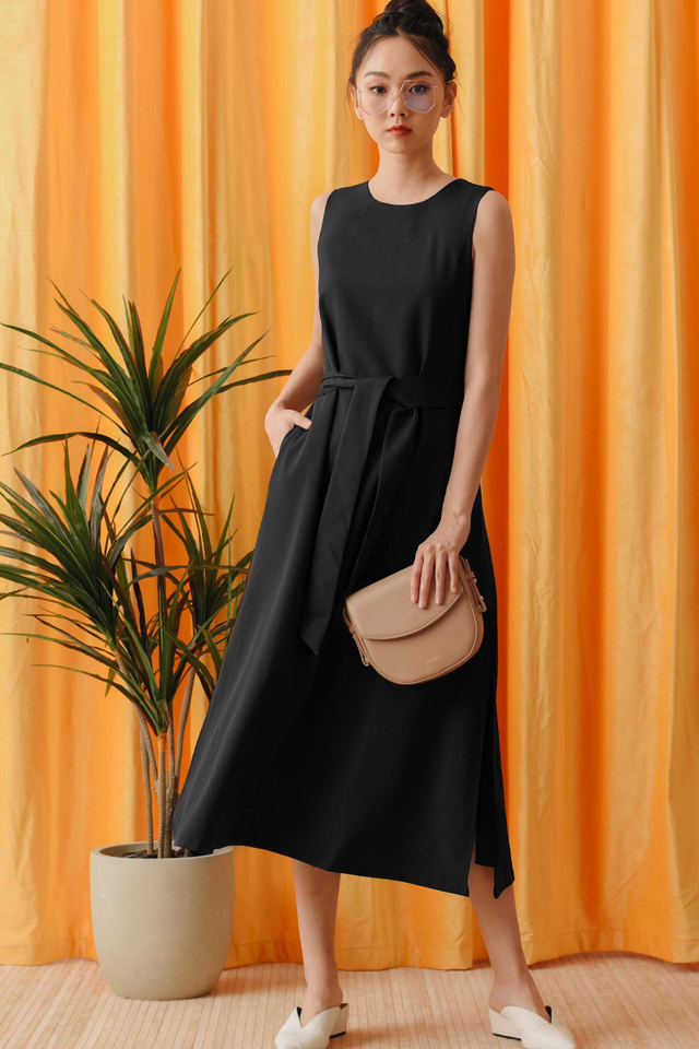 JAKE SASH MAXI IN BLACK