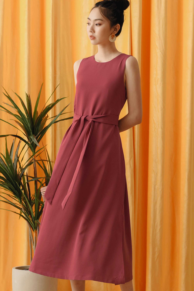 *RESTOCKED* JAKE SASH MAXI IN DEEP ROSE