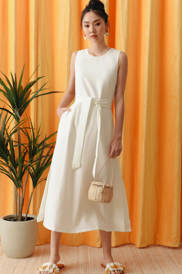 *RESTOCKED* JAKE SASH MAXI IN WHITE