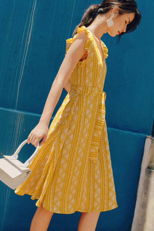 OLSEN MIDI IN YELLOW