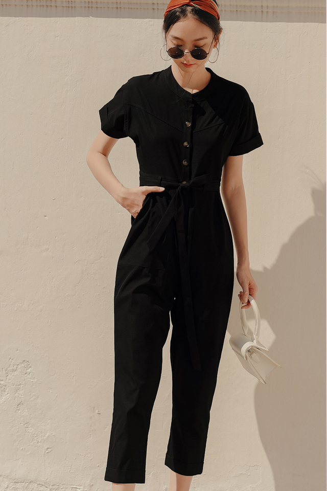 *RESTOCKED* CALLEN JUMPSUIT IN BLACK