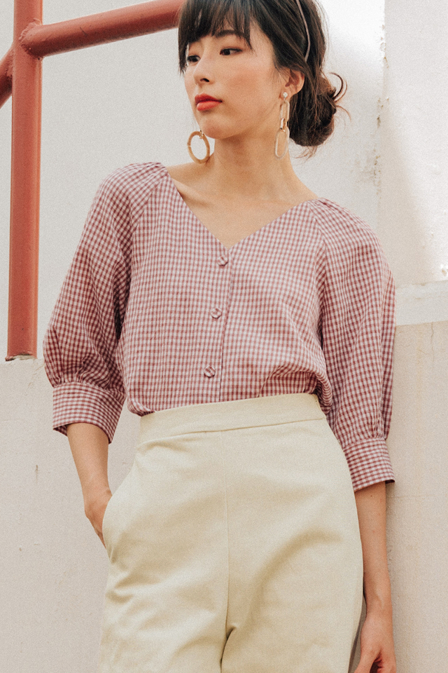 HATTIE GINGHAM TOP IN ROSE BROWN