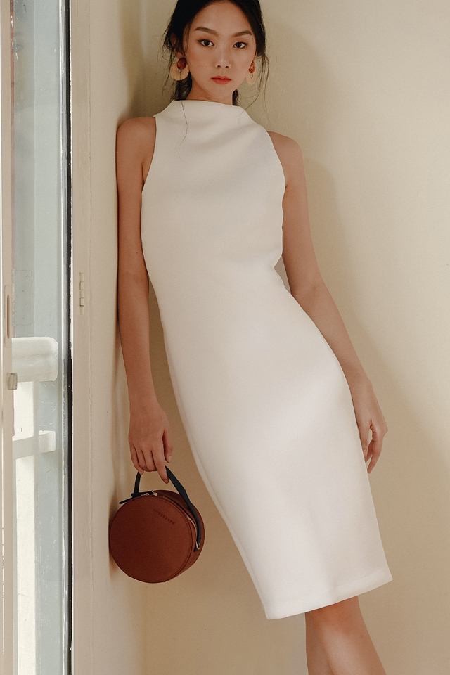 *BACKORDER* KENZIE SHEATH MIDI IN WHITE
