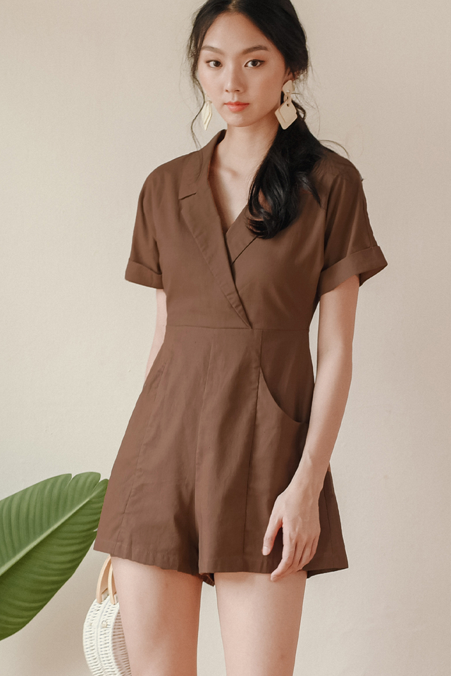 RILEY PLAYSUIT IN BROWN