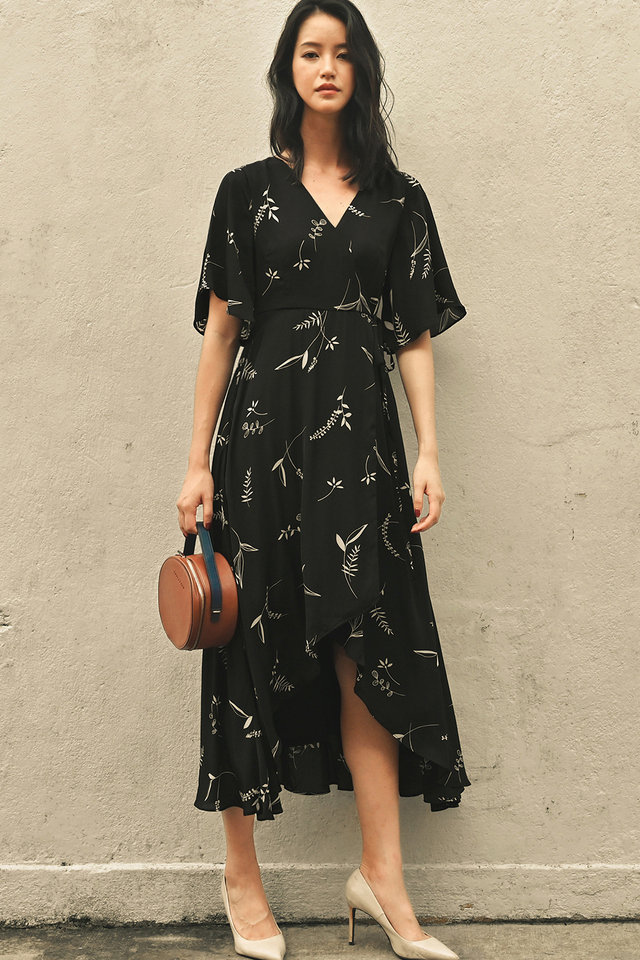 ROWAN WRAP MAXI IN BLACK