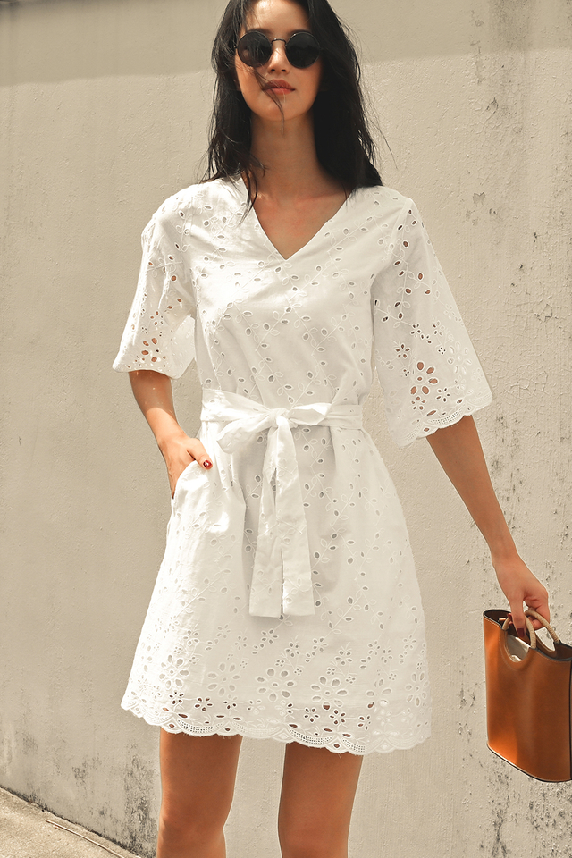 WILLIS EYELET DRESS IN WHITE