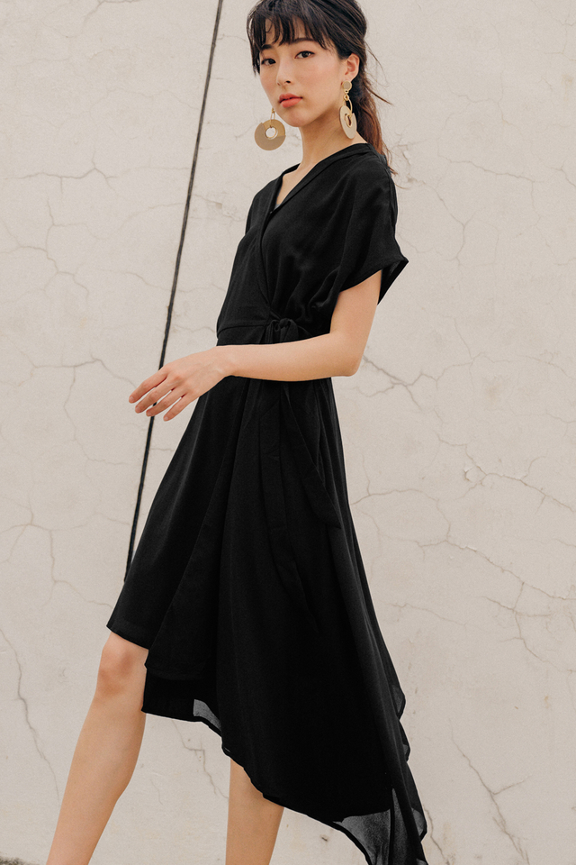 EMMY WRAP DRESS IN BLACK
