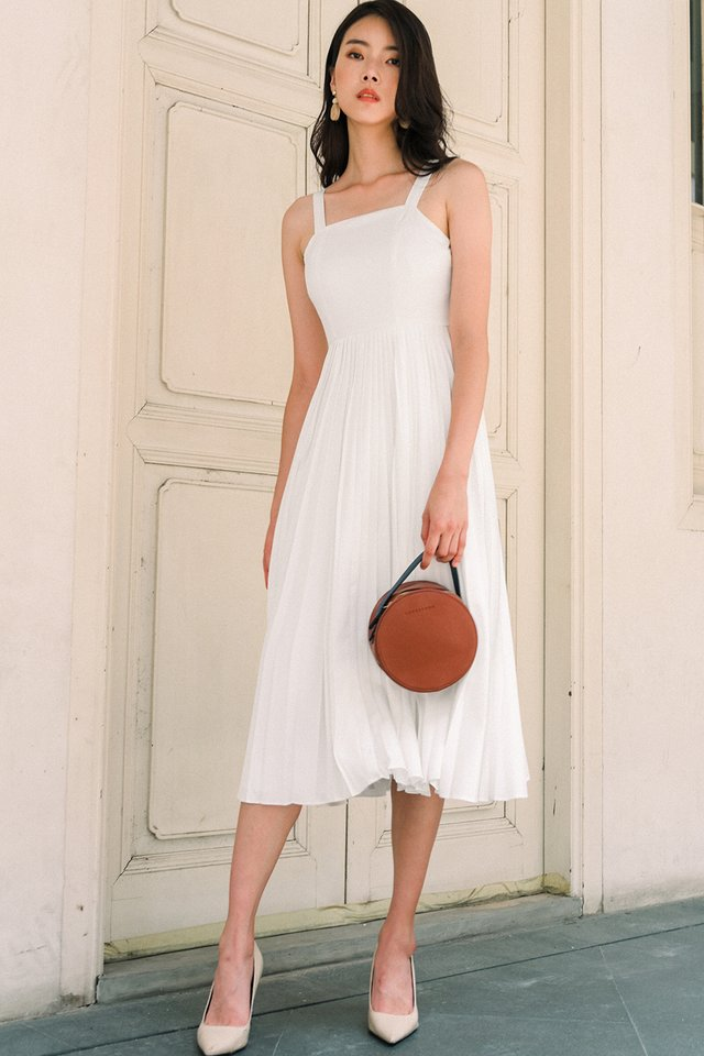 DELILAH PLEAT MIDI IN WHITE