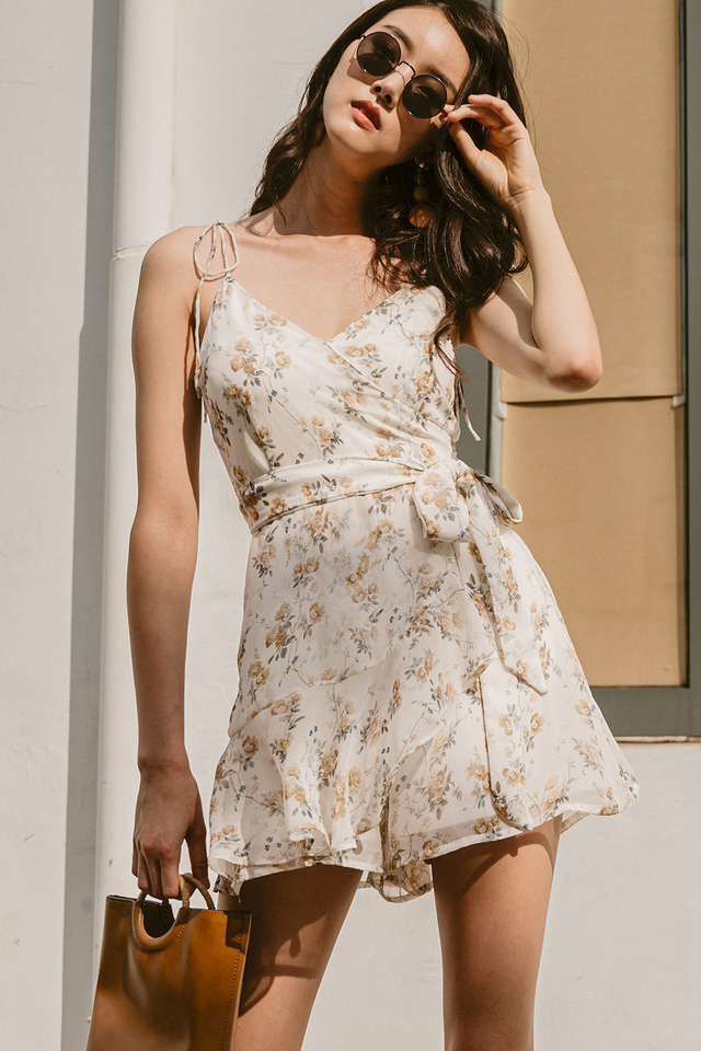 HANSEL PLAYSUIT IN WHITE