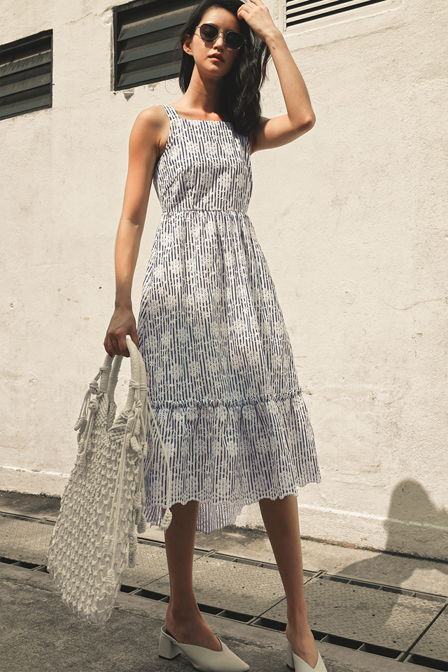 HAYES EMBROIDERY MAXI IN DARK NAVY