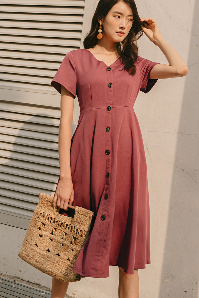 MADDIE BUTTON MIDI IN DUSK ROSE