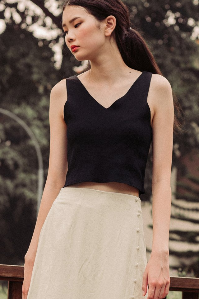 MAISIE KNIT TOP IN BLACK