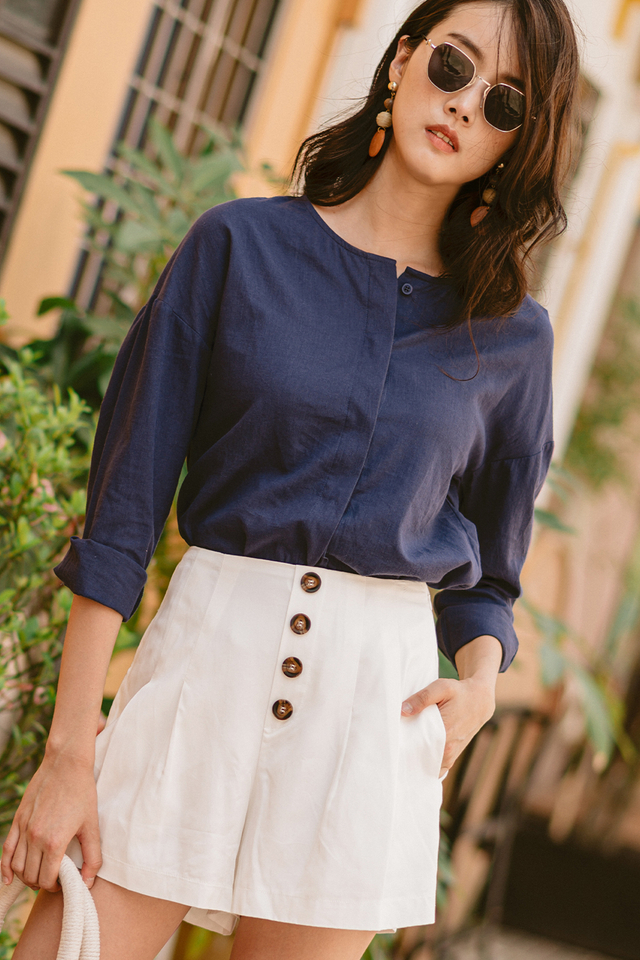 PARRY TOP IN NAVY