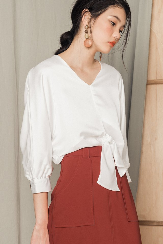 LEOLA TIE TOP IN WHITE