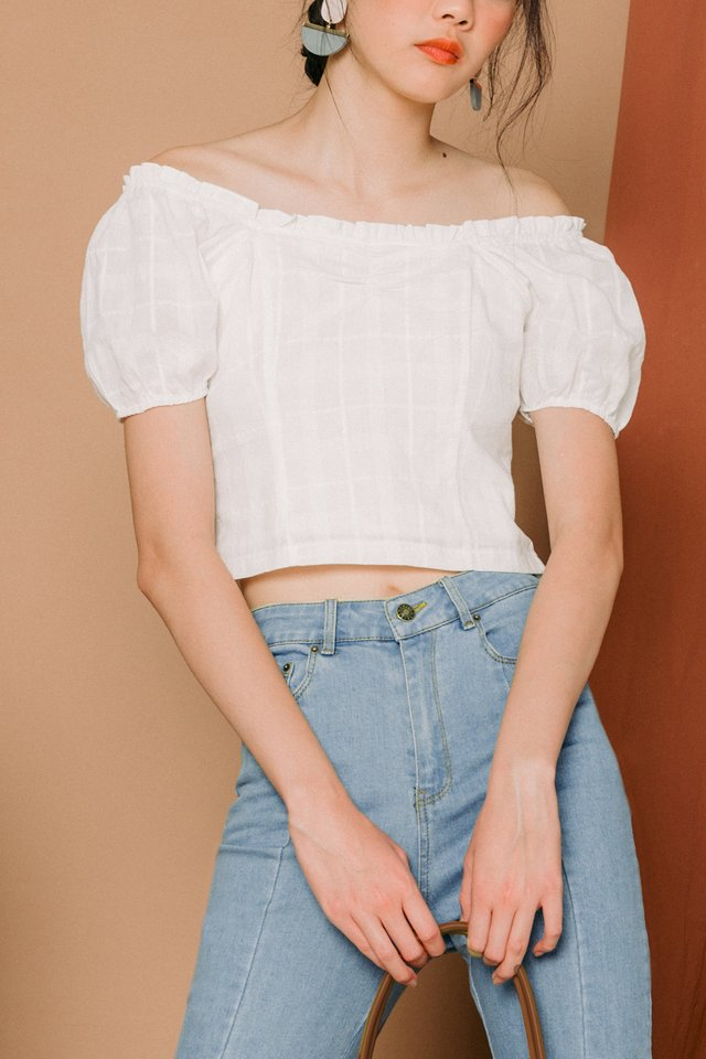 JADEN OFF SHOULDER TOP IN WHITE