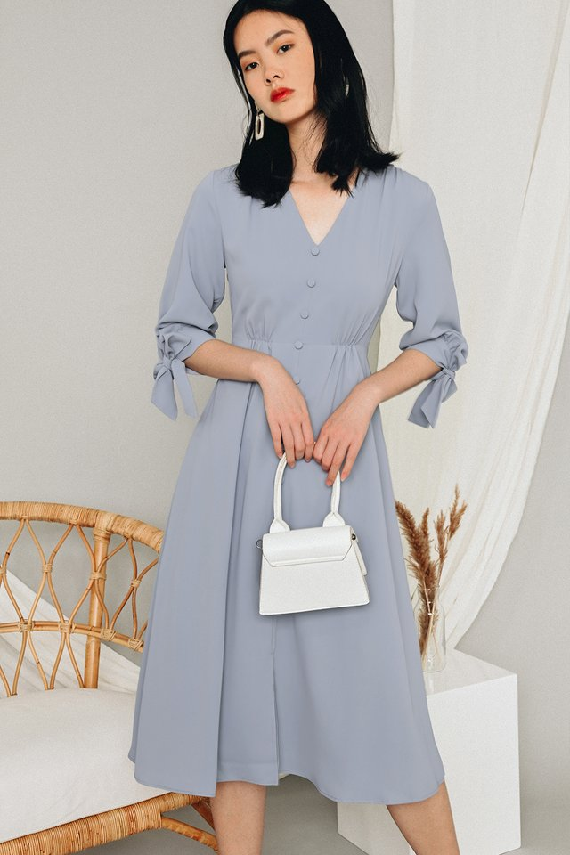 BENICA BUTTON MIDI IN MOONSTONE