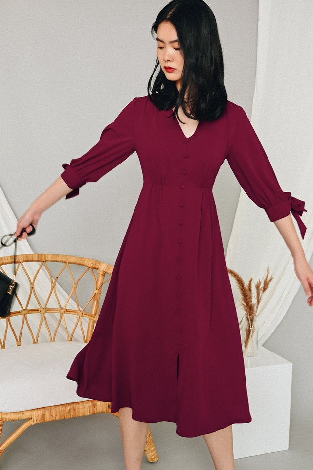 BENICA BUTTON MIDI IN WINE RED