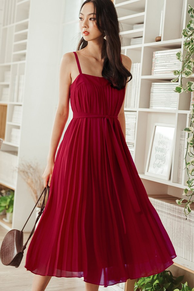 *RESTOCKED* AUDELIA PLEAT MAXI IN RED