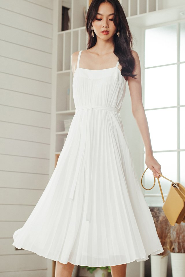 *BACKORDER* AUDELIA PLEAT MAXI IN WHITE (XS-M)