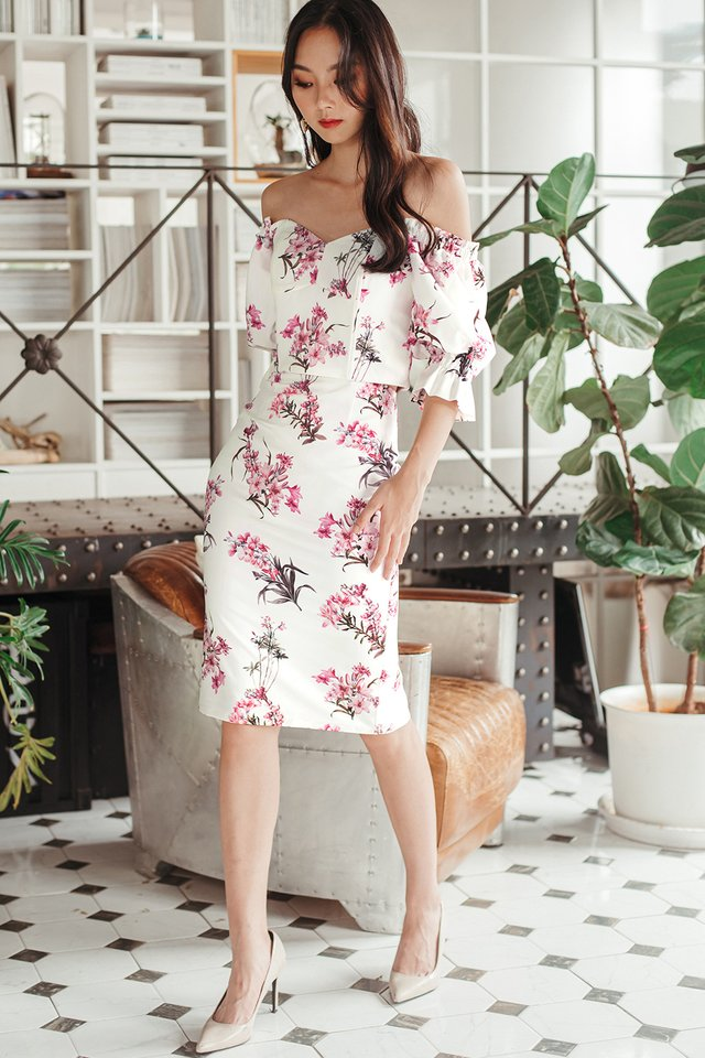 BERTHA FLORAL PENCIL MIDI IN WHITE