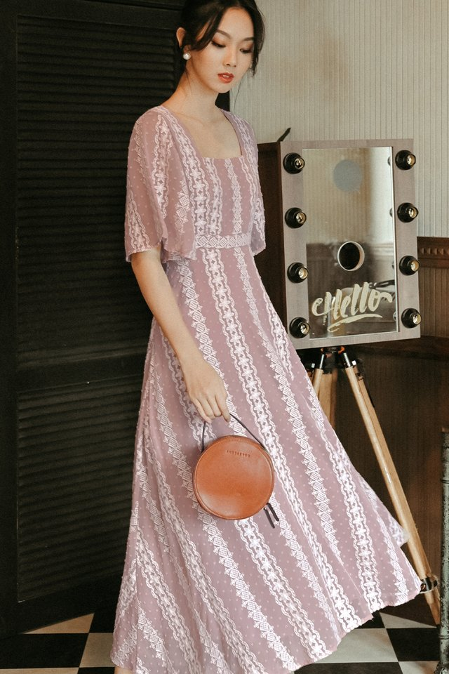 CARVELL MAXI IN PINK