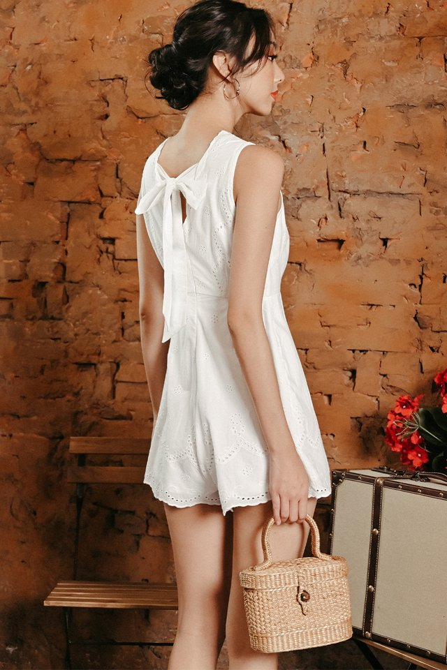 EVELT TIE BACK PLAYSUIT IN WHITE
