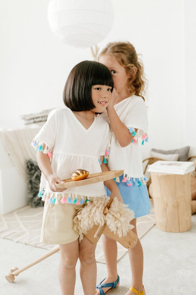 *KIDS* TASSEL BABYDOLL TOP