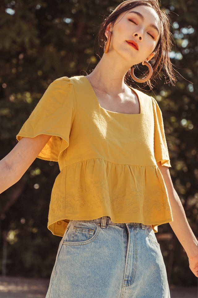*BACKORDER* NILO EMBROIDERY TOP IN MUSTARD