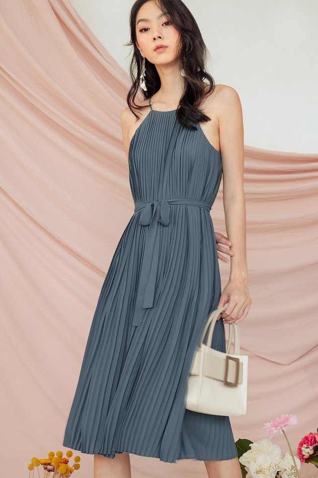 COLETTE PLEAT MIDI IN DUSK BLUE