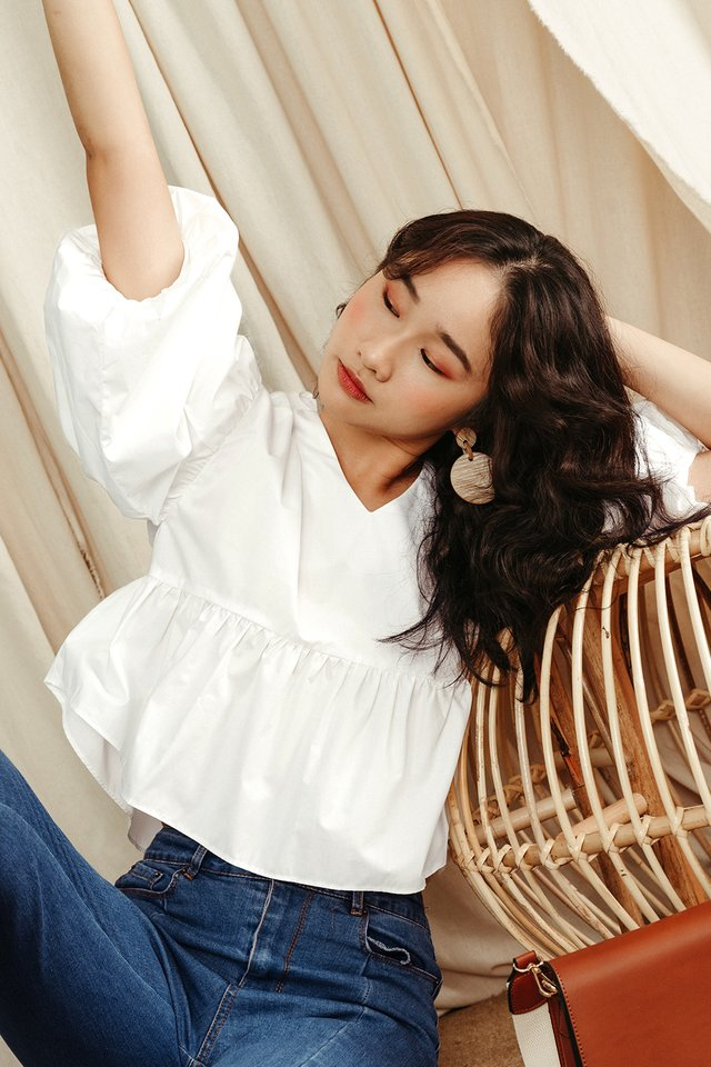 SERENITY BABYDOLL TOP IN WHITE